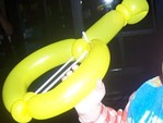 Balloon_guitar
